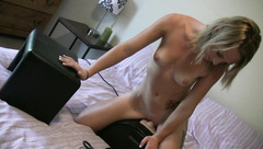 Melanie tries Sybian for the first time and she loves it!