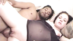 Horny black dude knows what's good for this white slut