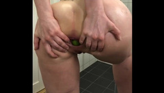 Amateur Norwegian MILF Anal Insertion with Limes and Zucchini
