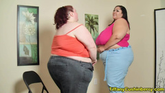 Fat Girls too Small Pants try on - Weight Gain makes us too Fat Clothing?