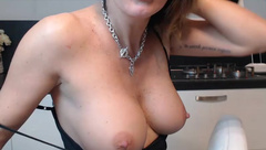 Selene1975 webcam show 2020-02-04_18-51-01_945