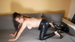 CaraliaDeluxe - Fucked by the Machine in High Heels and Latex!
