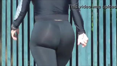 hot candid girl with phat ass