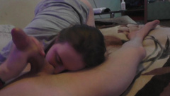 YOUNG RUSSIAN GIRL SUCKS a GUY DURING QUARANTINE / HOMEMADE AMATEUR /