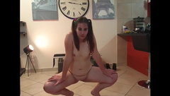 Young Chubby Girl Twerking and Shaking her Big White Naked Ass and Pussy