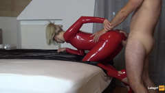 RED LATEX QUEEN WITH HIGH HEELS