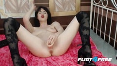 Seductive Dark Haired Fiona Holly Fucks Her Creamy Pussy - Pornhub.com
