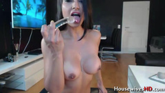 Hot babe will make you cum like never before