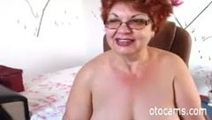 bbw granny likes to play on webcam - otocams.com