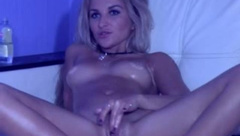 GlossyBeauty - Naked, oiled, and playing
