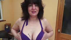 Real amateur mother with pierced clit