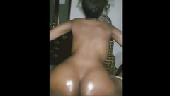 Best type of twerking is bubble butt twerking on dick
