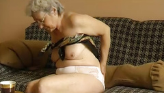 OMAPASS Old granny using dildo at masturbation