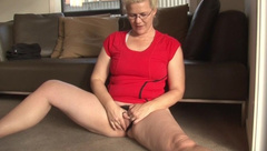 Girls Out West - Amateur MILF toys her pierced cunt
