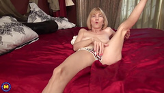 Skinny grandma wants anal and vaginal sex