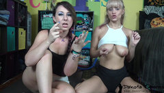 DakotaCharmsxxx Omg Its A Bug in private premium video