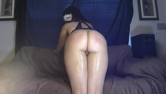 Sexy masked chick make's her ass clap & then gets fucked and cummed on!