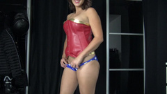 Wonder woman love creampie - VicAlouqua