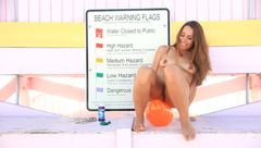 Rennaryann Naked Balloon Play At The Beach in private premium video