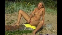 Big dick teen anal hd first time Linda gets bare on the beach