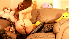 Chloenight Sweet Girl Stripping And Squirting