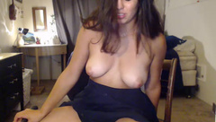 Gracey_Bunny - Fucks her pussy with a vibrator