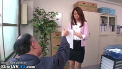 Japanese secretary has to please perv boss