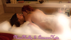 mollydoll double dildo tub with kate and molly