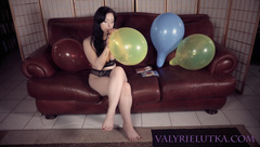 valyrielutka - accidental balloon popping bloopers b2p private premium video