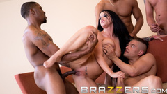 Free Premium Video 								BRAZZERS HOUSE SEASON 3 EP2 Lena Paul hosts a free for all sex challenge