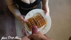 Cum on food - Eating waffles with cum after deepthroat