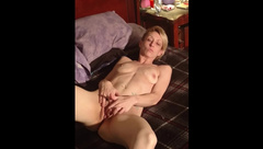 Short Haired Skinny Wife Rubbing Pussy