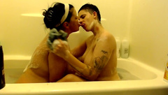 Naked Nude Subs Bubble Bath Hot Kissing Makeout